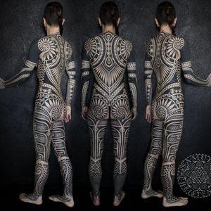 Blackwork bodysuit by Samuel Christensen #samuelchristensen #blackwork #geometric #southpacific #maori #polynesian #samoan #tribal #dotwork