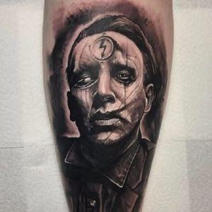 Mais uma do príncipe das trevas, Marilyn Manson! #MarilynManson #retrato #portrait #AnrijsStraume #dark #trash #realistic #fromhell #blackwork #TattoodoBR