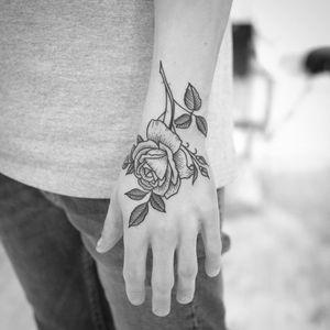 Rose tattoo by Christian Lanouette #ChristianLanouette #rosetattoos #blackandgrey #illustrative #linework #rose #flower #floral #leaves #plant #rosebud #thorns