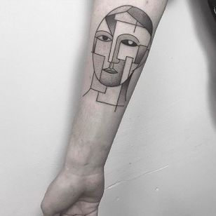 Face Tattoo cubism style by Caleb Kilby @CalebKilby #CalebKilby #CalebKilbyTattoo #Blackwork #Minimalist #Linework #Black #TwoSnakesTattoo #London #cubism #face