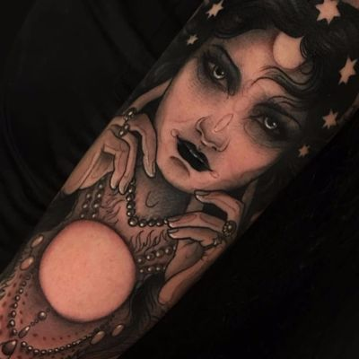 To see the future by Aimee Cornwell #AimeeCornwell #neotraditional #portrait #lady #moon #crystalball #jewelry #pearls #stars #hands #lips #eyes #hair #fortuneteller #tattoooftheday