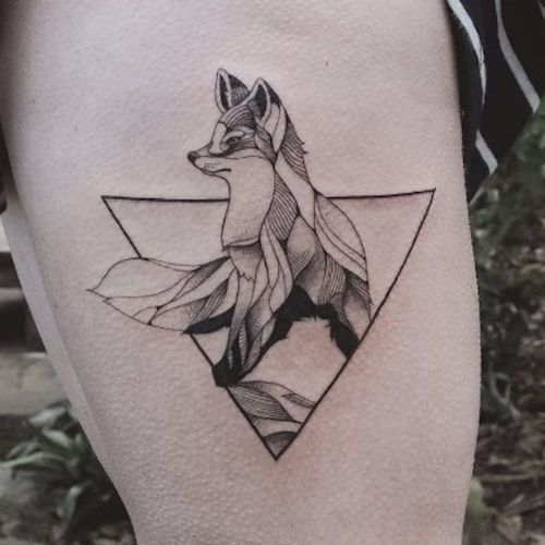 Clever fox. Tattoo by Jasper Andres. #JasperAndres #geometry #nature #fox #triangle