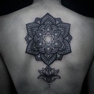 A wonderful mandala with a lotus beneath it via Manuel Zellkern (IG—zellkern). #blackwork #exquisite #intricate #geometric #mandala #ManuelZellkern #ornamental