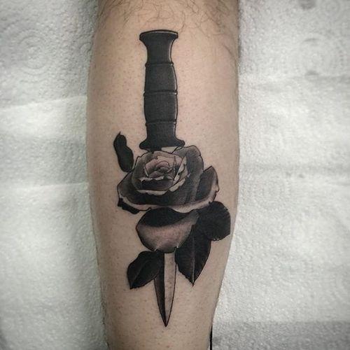 Combat Knife Tattoo by Joel Spiteri #knife #rose #neotraditional #blackwork #blackneotraditional #blackink #blackworkartist #JoelSpiteri
