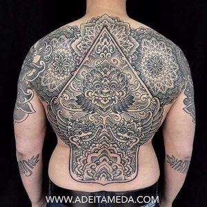 Back tattoo by Ade Itameda #patternwork #patternworktattoo #backpiece #backpiecetattoos #backtattoo #blackwork #blackworktattoo #AdeItameda