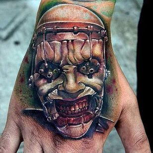 Awesome details on this hand tattoo of the Surgeon cenobite photo from Pinterest by unknown artist #hellraiser #CliveBarker #cenobite #surgeon #horror #movie