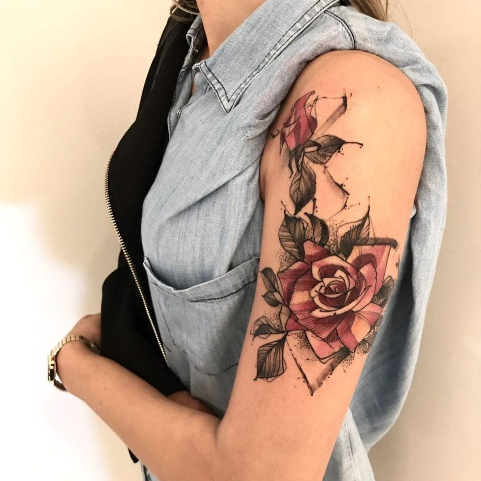 Rosas #LincolnLima #brazilianartist #brasil #brazil #tatuadoresdobrasil #sketchstyle #watercolor #aquarela #rosa #rose #flor #flower #leaf #folha #pontilhismo #dotwork