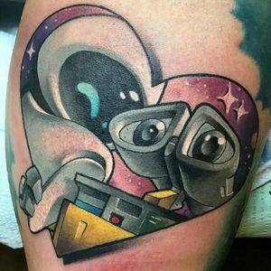 Wall-E e Eva #BrandonFlores #ClassicosDoCinema #Filmes #movies #classicmovies #cinema #disney #pixar #walle #eva #robos #robots #nerd #geek