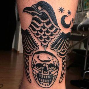Crow, wings, skull and moon. Beautiful black tattoos by El Carlo. #ElCarlo #ElCarloTattoos #boldtattoos #surreal #skull #crow #moon