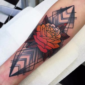 New takes on a rose by Paul O'Rourke #paulorourke #color #linework #traditional #newtraditional #abstract #mashup #blackandgrey #linework #rose #leaves #tribal #nature #floral #tattoooftheday