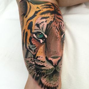 Gorgeous tiger, by Roger Mares. (via IG—mares_tattooist) #neotraditional #animals #creatures #quirky #rogermares