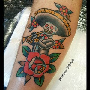 Mariachi Tattoo by Roberto Poliri #mariachi #mariachiskeleton #mariachiskull #dayofthedead #diademuertos #mexico #mexican #RobertoPoliri
