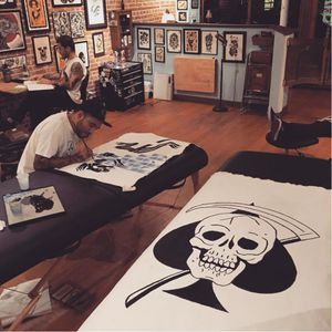 Painting some death in paradise designs at Green Point Tattoo studio #greenpoint #deathinparadise #blackwork #designs #paintings