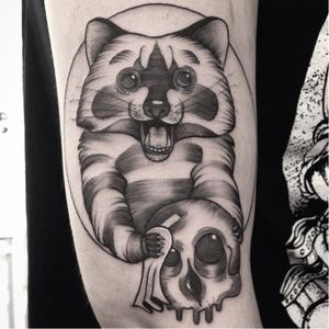 Badger and skull tattoo by Tahlz #Tahlz #linework #blackwork #illustrative #badger #skull