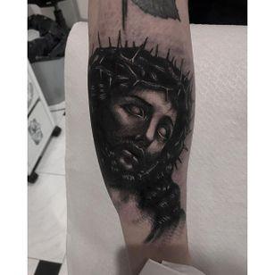 Black and Grey Jesus Tattoo by Andrea Raudino #blackandgrey #Jesus #BlackandGreyJesus #Religious #Christ #AndreaRaudino
