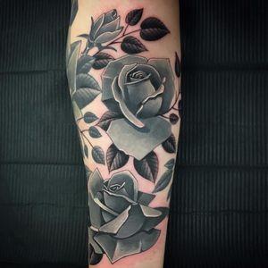Stone roses by Steve H Morante #Stevemorante #SteveHMorante #blackandgrey #realism #realistic #roses #flowers #leaves #rosebuds #nature #stone #tattoooftheday
