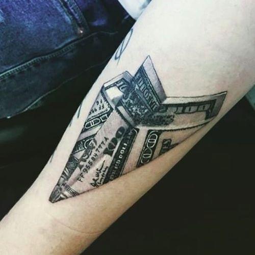 This is a fun take on a money tattoo. (via IG -- undertattooofficial) #money #moneytattoo