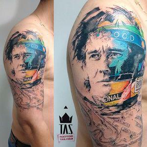 Sensacional essa arte no estilo Rodrigo Tas! #RodrigoTas #AyrtonSenna #formula1 #f1 #piloto #brasil #brazil #rip #icone #automobilismo #1deMaio #May1 #capacete #helmet #TatuadoresDoBrasil