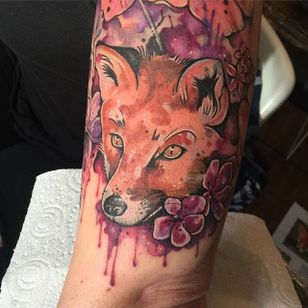 Neo traditional watercolor fox tattoo by Clare Lambert. #watercolor #ClareLambert #neotraditional #fox #animal