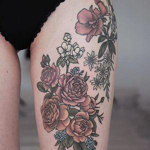 Flowers by Olga Nekrasova #OlgaNekrasova #botanical #flower #rose #color #tattoooftheday
