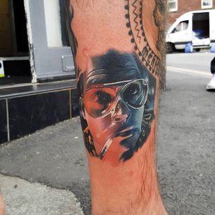 A portrait of Johnny Depp as Hunter Thompson. Cool tattoo by Craig Cardwell. #CraigCardwell #surreal #painterly #colorportrait #portrait #johnnydepp #huntersthompson