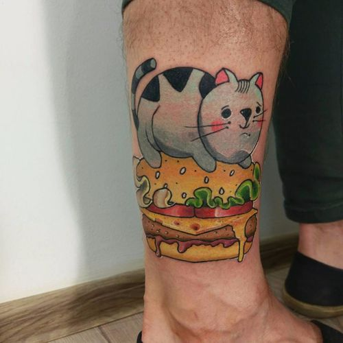 Tattoo por Chum Molotov! #ChumMolotov #Hamburguer #burger #burgerlove #hamburger #cat #gato #kitty #queijo #cheese