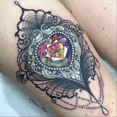 #JennaKerr #tatuadoragringa #coloridas #colorful #joias #jewelry #arcoiris #rainbow #coração #heart