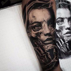 Portrait tattoo by Benji Roketlauncha #BenjiRoketlauncha #realistic #blackandgrey #portrait #photorealistic #smoke #skeleton