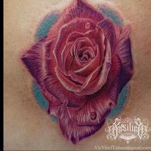 A vibrant purple rose by Vic Vivid (IG-vicvivid). #color #realism #Roses #VicVivid