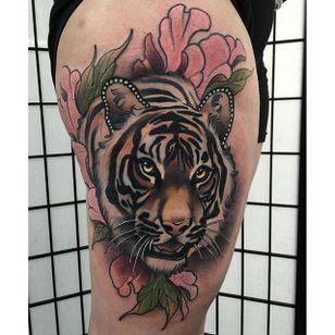 Tattoo by Tim Tavaria #neotraditional #realism #neotraditionalrealism #TimTavaria #tiger