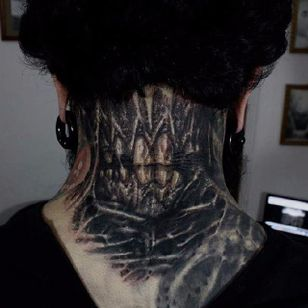 Tooth Tattoo by Matias Felipe #teeth #darkart #darkink #darkartist #blackwork #blackandgrey #MatiasFelipe