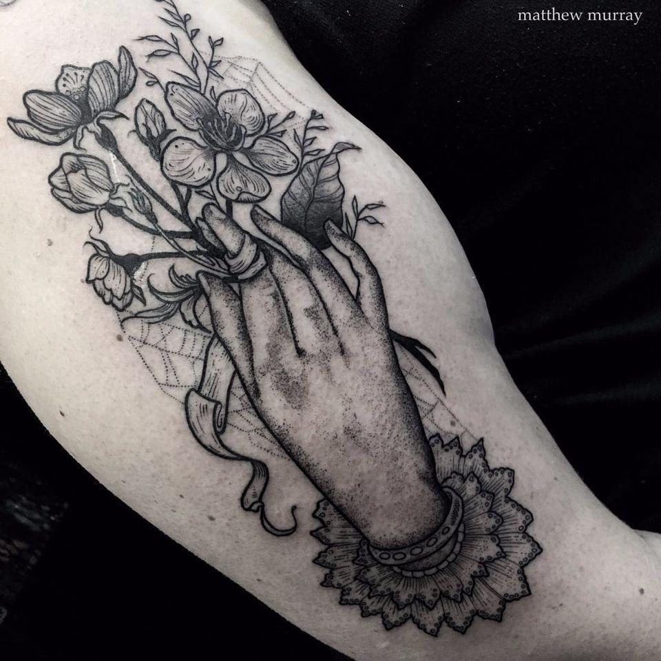 Blackwork hand tattoo by Matthew Murray. #MattMurray #blackwork #dark #macabre #blackveilstudio #hand #bouquet