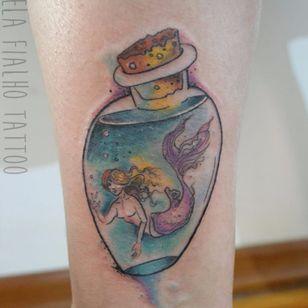 Sereinha. #ElaFialho #tatuadorasdobrasil #coloridas #colorful #sereia #marmeid
