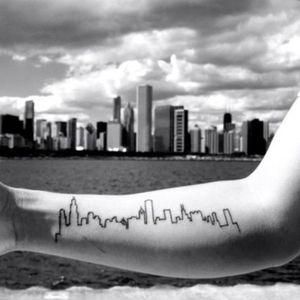 Chicago skyline tattoo, artist unknown. #chicago #skyscraper #landmark #skyline #silhouette #minimalist #subtle #simple #outline #microtattoo