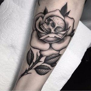 Deaths flower by Gianluca Fusco #GianlucaFusco #traditional #blackandgrey #blackwork #rose #skull #death #leaf #flower #tattoooftheday