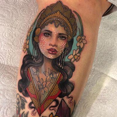 Lady tattoo by Hannah Flowers #HannahFlowers #ladytattoo #lady #color #neotraditional #portrait #crown #jewelry #daffodil #pattern #ornamental #eyes #lips #artdeco #tattoooftheday