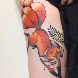 Raposa por Monique Pak! #MoniquePak #TatuadorasBrasileiras #TatuadorasdoBrasil #TattooBr #TattoodoBr #raposa #fox #animal #nature #naturea