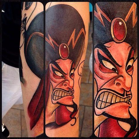 Jafar por April Nicole! #AprilNicole #disney #disneytattoo #aladdin #aladdintattoo #jafar #jafartattoo #movies #filmes #nerd #geek #cartoon #comics