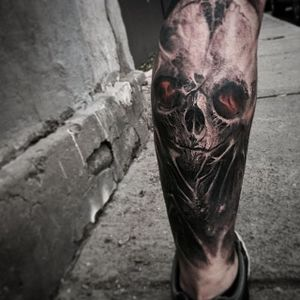 Black and grey skull by David Jorquera. #blackandgrey #realism #surrealism #horror #creepy #DavidJorquera #skull