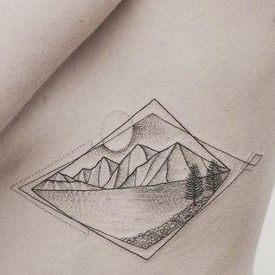 The moon looming over a mountain lake by Hannah Nova Dudley (IG— hannah_novart). #dotwork #HannahNovaDudley #lake #landscapes #miniature #mountains #pristine