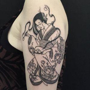 Geisha Creature by Shannon Elliott (via IG-shannonelliott_y2k) #blackink #illustrative #linework #dotwork #dark #ShannonElliott