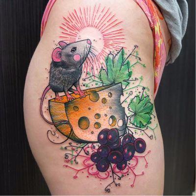 #Schwein #tatuadorgringo #coloridas #colorful #sketch #abstrata #abstract #rato #mouse #queijo #cheese #uva #grape