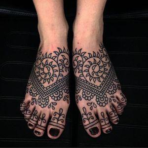Mehndi by Matt Chahal #MattChahal #mehndi #blackwork #linework #tattoooftheday