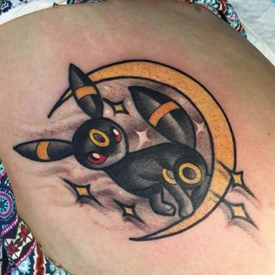 A magical Umbreon perched on a crescent moon by Ly Aleister (IG—lyaleister). #Eeveelution #Eevee #LyAleister #Pokémon #Umbreon