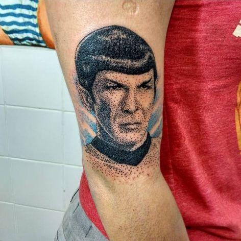 Feita por Diego Curcio #DiegoCurcio #StarTrek #Spock #dotwork #50thaniversary #50AnosStarTrek