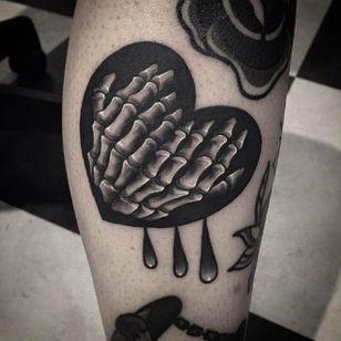 Bleeding heart tattoo by @Garaskull #skeleton #black #blackwork #xray #heart