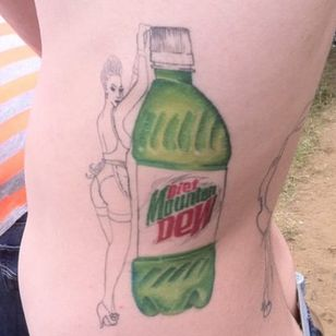 I hate diet soda, but that chick is so hot I had to include this #mtdew #mountaindew