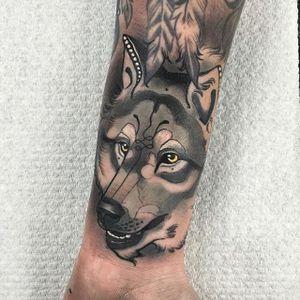 Wolf via instagram TimTavaria #wolf #color #neotraditional #romantic #TimTavaria