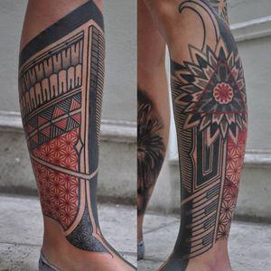 Geometric Pattern Tattoo by Stefan Halbwachs #geometric #geometricpattern #geometricpatterntattoo #geometrictattoos #geometricartist #StefanHalbwachs