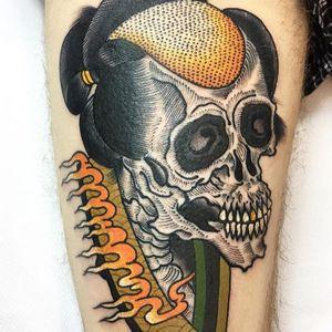 Skull tattoo by Teide #Teide #besttattoos #color #Japanese #newtraditional #mashup #skull #fire #teeth #goldtooth #Samurai #pattern #death #tattoooftheday